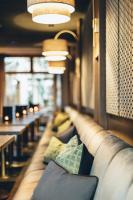 H'Otello B'01 Grey's Bar