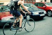 Fahrradfahrer ©Corinna Dumat/pixelio.de